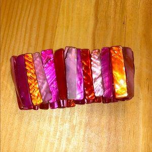 Bracelet with elastic stretch
